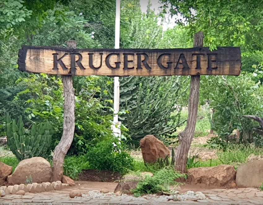 Paul-Kruger-Gate-Name-Carved-In-Wood