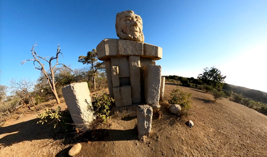 Paul-Kruger-Statue-across-the-Sabie-River