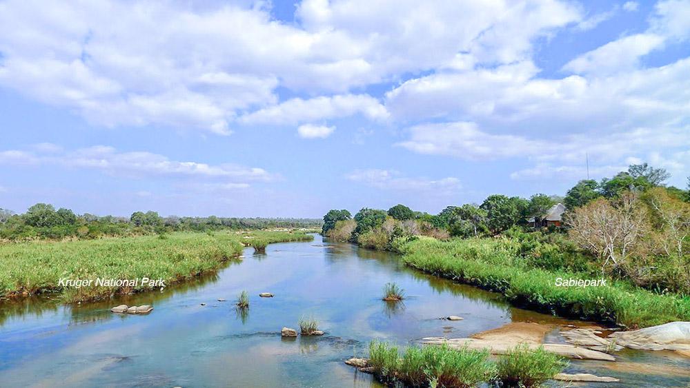 """<alt=""""Sabiepark-in-relation-to-Kruger-Park"""">"""